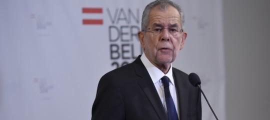 Il presidente austriaco critica il governo Kurz sull'immigrazione