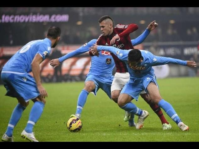 Serie A: Menez e Bonaventura in gol, Milan liquida il Napoli 2-0
