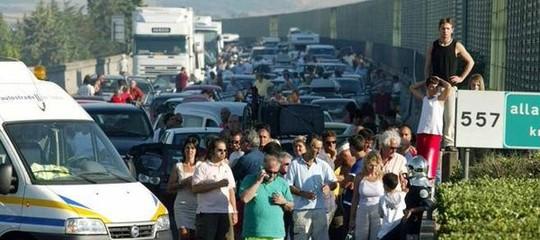 Incidentesull'A1: muore un'intera famiglia a bordo di una Fiat Punto vicino a Ceprano