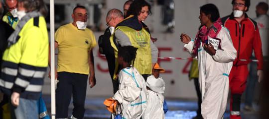 Sbarchi a Pozzallo:128 i minori non accompagnati