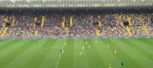 Calcio: sanzioni in arrivo perChievoe Parma, a rischio la Serie A