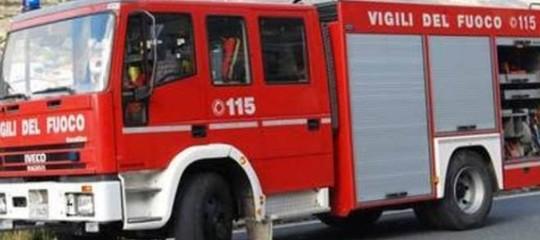 Incendio incondominio a Brunico, morta una donna