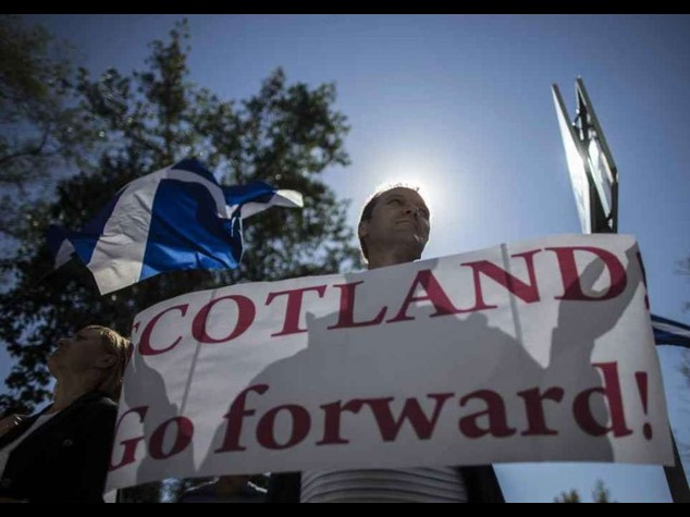 La Scozia al voto sull'indipendenza, alta affluenza alle urne
