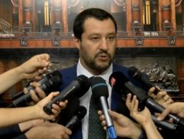 """Salvini: """"I costi dell'accoglienza siano divisi tra i 27 Paesi Ue"""""""