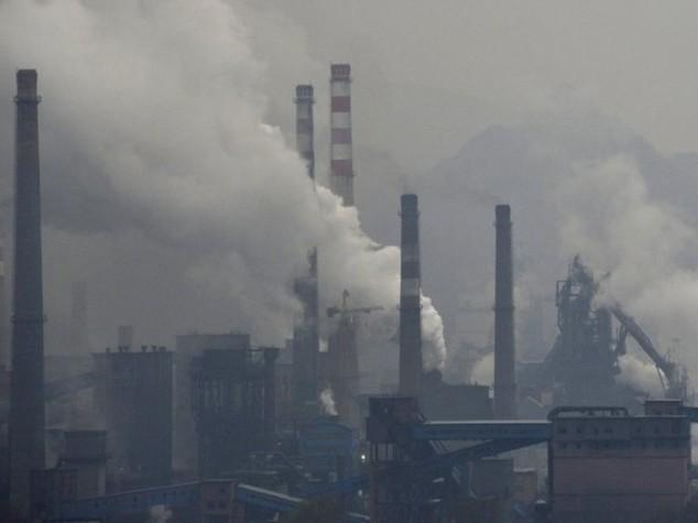 Papa: imprenditori dite no a corruzione e inquinamento