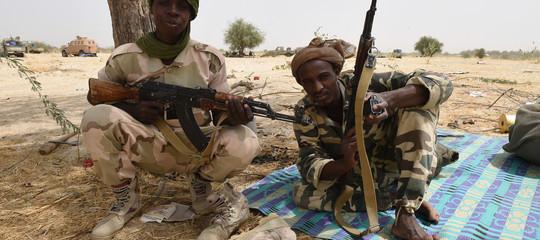 Diciotto persone uccise in un assalto di Boko Haram in Ciad: rapite 10 donne