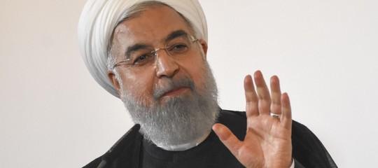 """Rouhani avverte Trump: """"Non giocare con l'Iran, potresti rimpiangerlo"""""""