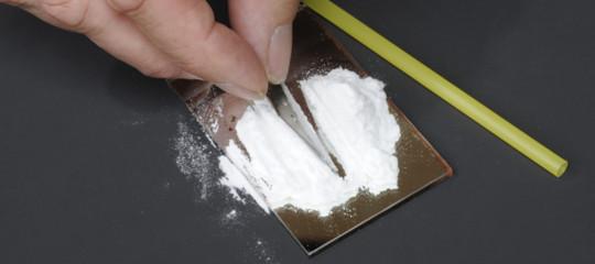 Un uomo è morto perché la cocainagli ha mandato in cancrenala gola