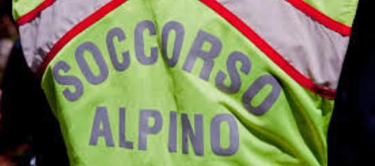 Cuneo, recuperato dopo 36 ore lo speleologo ferito nella grotta