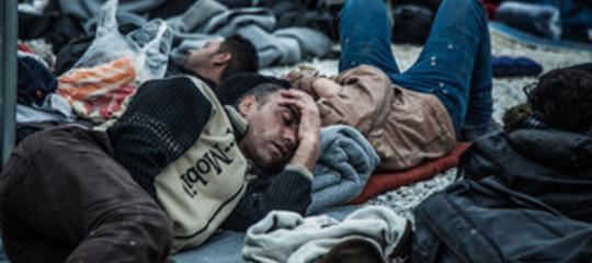 Migranti: sbarco su spiaggia a Siracusa, fermati 25 iracheni