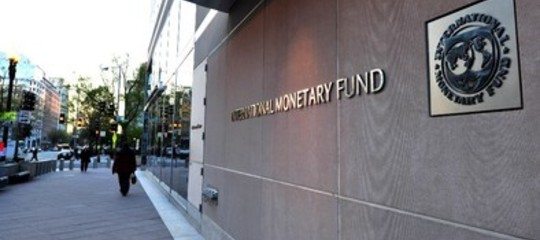 Fmi: Italia vulnerabile, incertezze politiche hanno indebolito euro