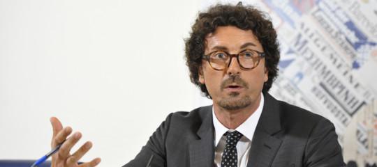 Fs: scintille fra Mazzoncini e Toninelli
