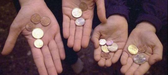 Povertà, reddito di inclusione per 311.000 famiglie
