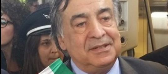 Rom: il sindaco Palermo ordina lo sgombero del campo della Favorita