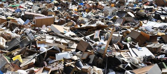 guerra commerciale usa cina rifiuti