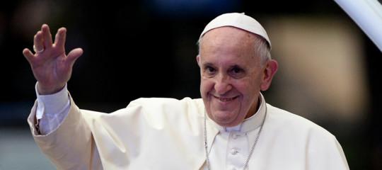 Papa: prevalgano programmi di sviluppo e pace non di odio e armi