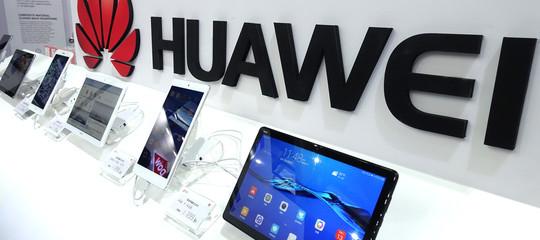 Fine Del Duopolio Apple Samsung Huawei Supera La Mela E