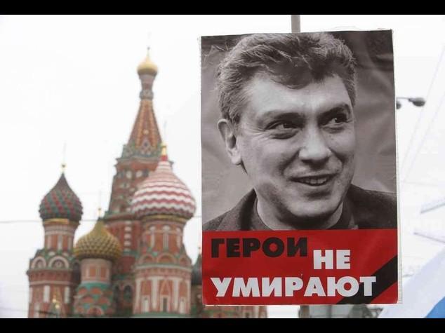 "Nemtsov: ""Io non ho paura"", in migliaia marciano a Mosca - Foto"
