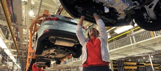 Produzione industriale: Istat, a giugno aumenta +0,5% su maggio