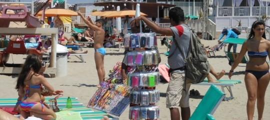 Nell'operazione anti-abusivismo sulle spiagge già effettuati 5 mila controlli