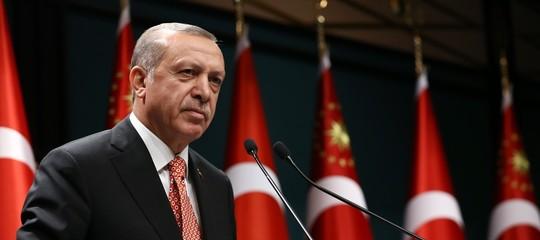 Turchia-Usa: Erdogan, congeliamo i beni di ministri americani