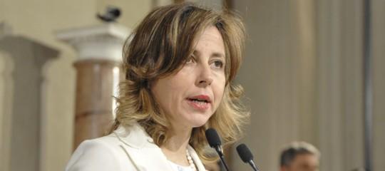 """Vaccini a scuola, la ministra Grillo: """"Nessun passo indietro, solo una sospensione per una delle sanzioni"""""""