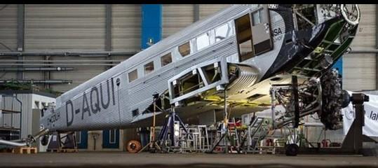 Svizzera: forse 20 morti per l'aereo d'epoca precipitato