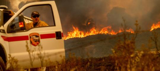 Usa: in California il peggior incendio nella storia dello Stato, affondo di Trump