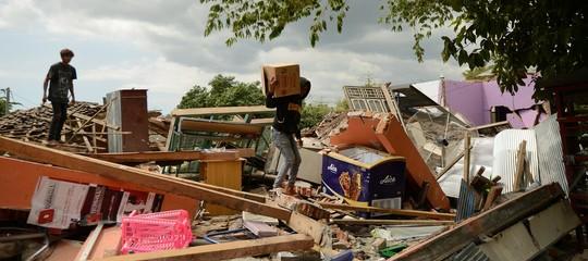 Indonesia: bilancio sisma a Lombok aggiornato a 319 morti