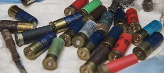 Per acquistare un'arma sarà obbligatoria l'autocertificazione di avviso alla famiglia