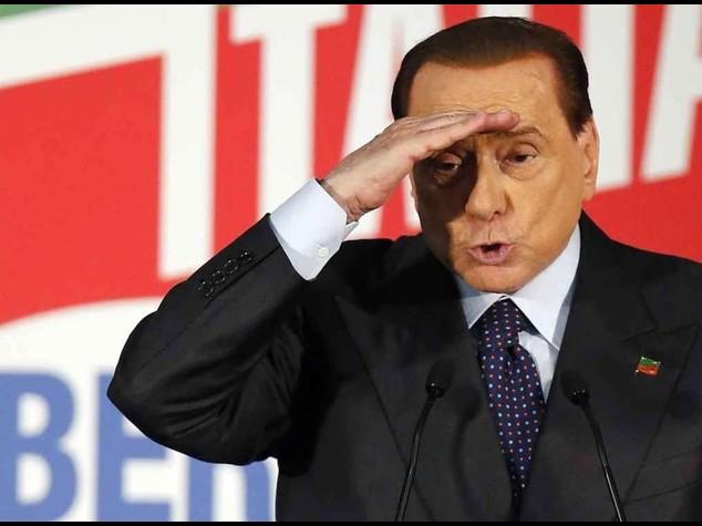 """Caso Ruby: Berlusconi assolto Toti, """"e' la fine di un incubo"""""""