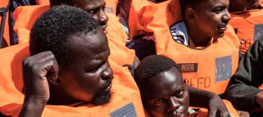 Migranti: Aquarius, Barcellona si offre ma Madrid dice no