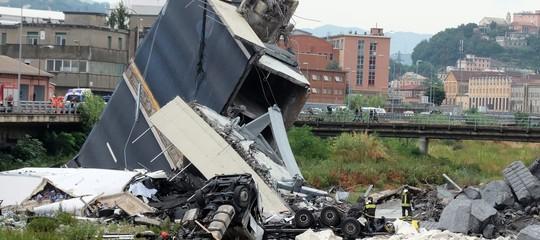 Quello del ponte Morandi è un crollo annunciato (da AntonioBrencich)