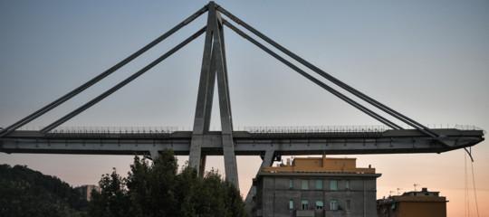 Il bilancio delle vittime di Genova scende a 38. Il governo verso la revoca della concessione ad Autostrade