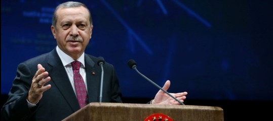 Turchia, Erdogan, boicottaggio contro beni elettronici Usa