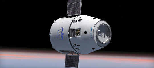 SpaceX, navicella orbita astronauti Nasa