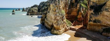 Una spiaggia della regione portoghese dell'Algarve