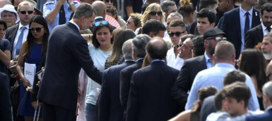 Spagna: il re tra feriti e famiglie vittime dell'attentato di Barcellona