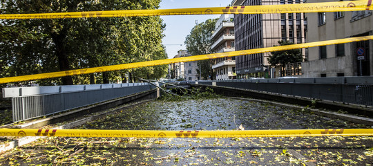 Maltempo: allagamenti e rami caduti, a Roma numerose strade chiuse