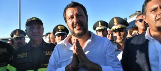 Crollo ponte: Salvini, stop a campionato di calcio sarebbe doveroso