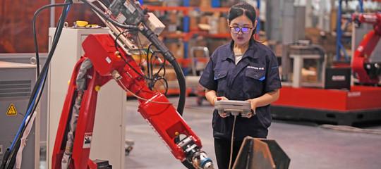 Cina: a luglio produzione industriale +6%, ma sotto aspettative