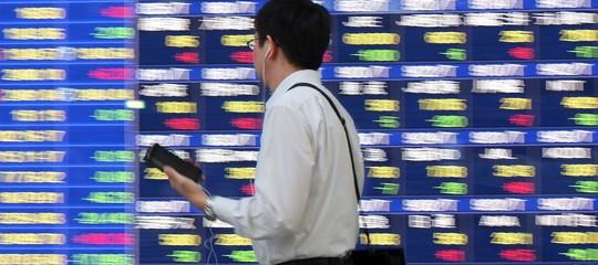 Borsa Tokyo: rimbalza e chiude a +2,28%