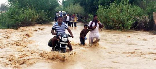 India: inondazioni Kerala, soccorsi difficili; arriva Modi