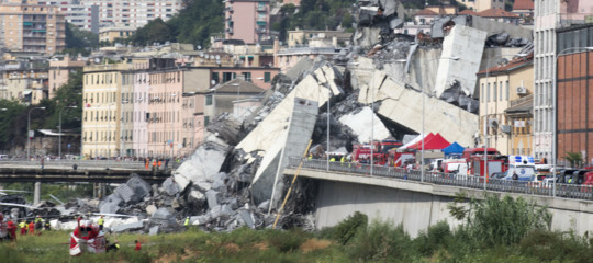 Muore un uomo ferito nel crollo di Genova. Il bilancio delle vittime sale a 43