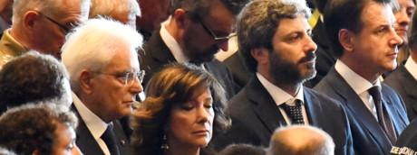 Sergio Mattarella, Maria Elisabetta Casellati, Roberto Fico e Giuseppe Conte ai funerali delle vittime del crollo di Genova