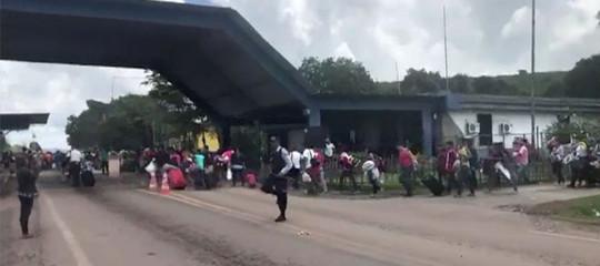 Venezuela: scontri con migranti a confine, Brasile invia esercito