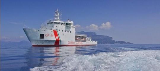 Migranti: Toninelli, la nave Diciotti attraccherà a Catania ma l'Europa faccia la sua parte
