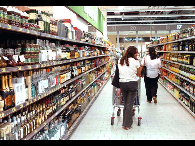 Calo drammatico dei consumi Dal 2007 'bruciati' 80 miliardi