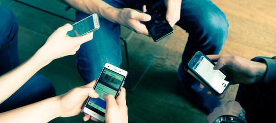 smartphone concentrazione dipendenza digitale
