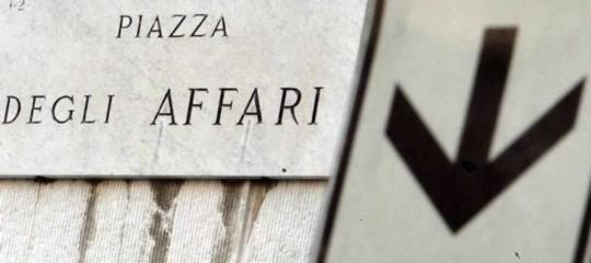 Borsa: apertura in calo a Piazza Affari, Ftse Mib -0,32%
